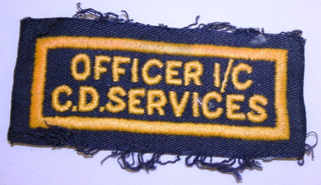 OFFICER I/C CD SERVICES sleeve insignia