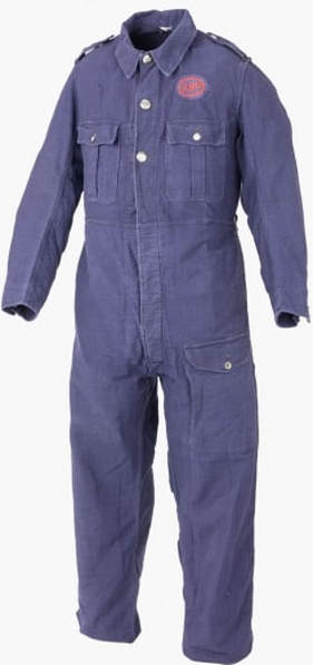 Early WW2 blue bluette overalls (Image IWM)