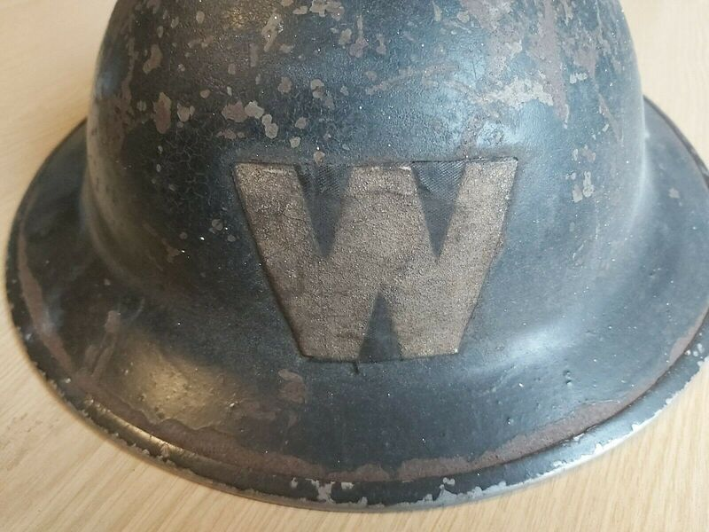 Large Stick On Fabric WW2 Warden 'W' Helmet Transfer - Rear