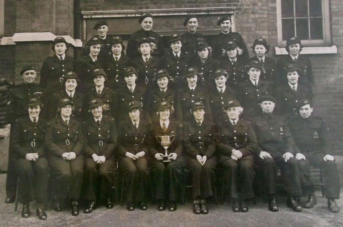 WW2 Group Photo Of London Auxiliary Ambulance Service Personnel