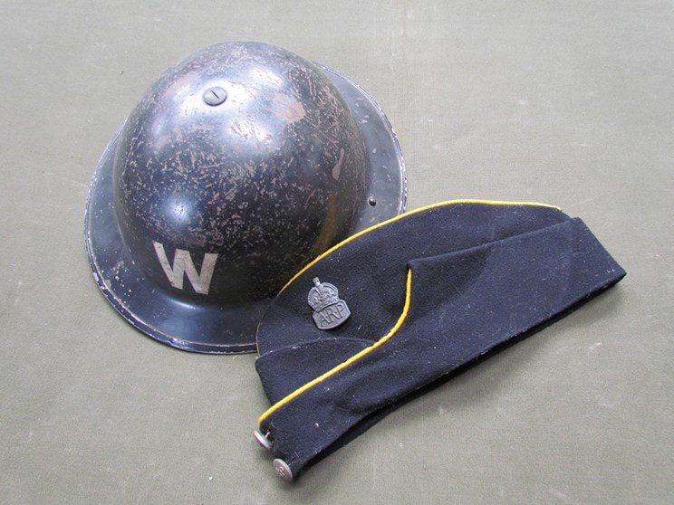 WW2 Civil Defence Side Cap With Yellow Piping.
